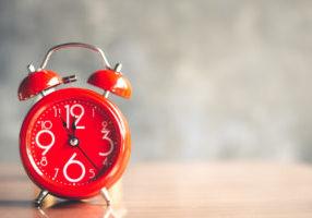 red-timeline-clock